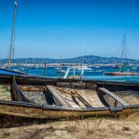 OS-Gary-Larsen-Ilha-da-Culatra-boat