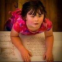 OS-Gary-Larsen-Little-Girl