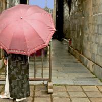 OS-dan-sarago-pink-umbrella